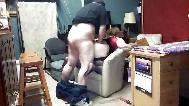 Dedilhar e sexo com prima brasileira foder a minha rata